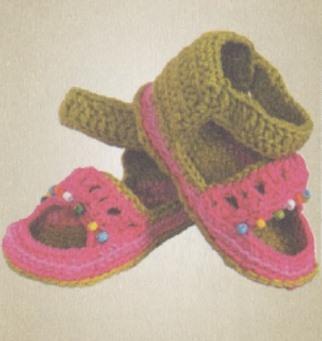vyazanye pinetki sandali kryuchkom 1 - Вязаные пинетки крючком для новорожденных схемы и описание