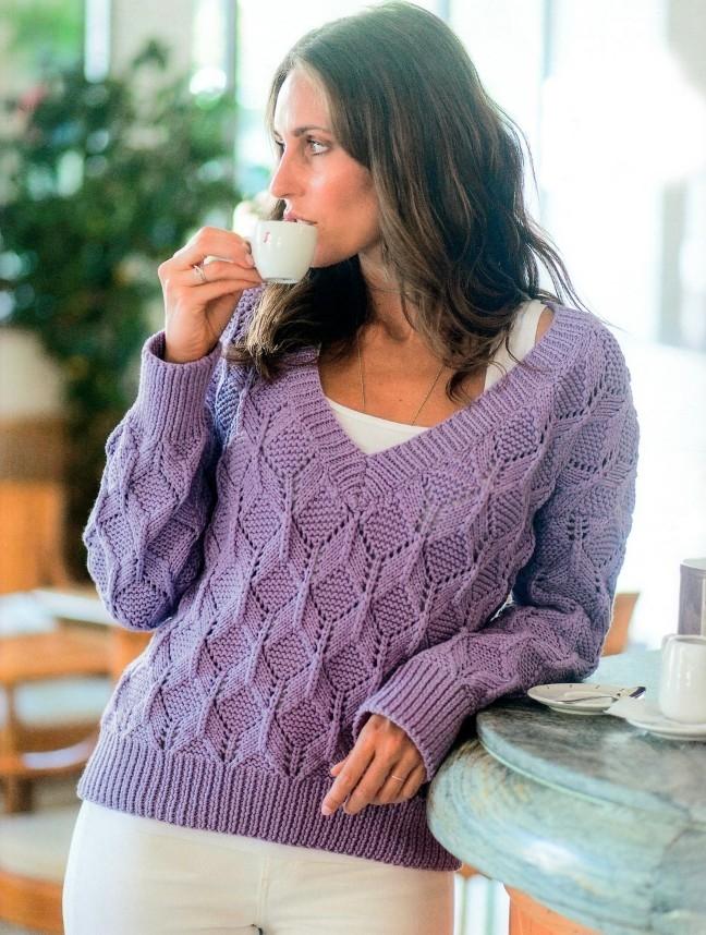 dzhemper s v obraznym vyrezom spicami - Вязаный пуловер с v образным вырезом спицами