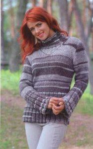 Вязаный меланжевый свитер спицами