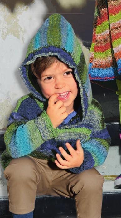 vyazanyj spicami detskij pulover s kapyushonom - Вязаный свитер для мальчика спицами