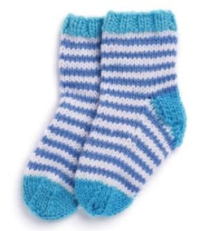 Вязание спицами носочков для новорожденного