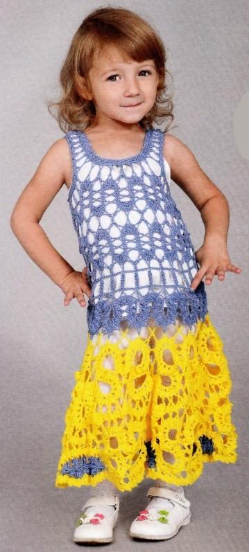 Вязаное платье крючком на девочку