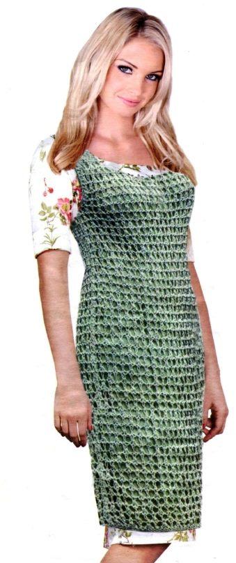 Вязаное сетчатое платье спицами