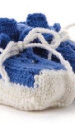vyazanye pinetki botinochki spicami 150x246 - Вязаные пинетки спицами для новорожденных схемы и описание