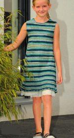 plate spicami dlja devochki 9 let 150x280 - Вязаное платье для девочки спицами
