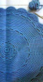 kovrik iz lentochnoj prjazhi krjuchkom 150x280 - Вязаные коврики крючком со схемами простые и красивые