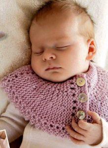 манишка для новорожденного спицами