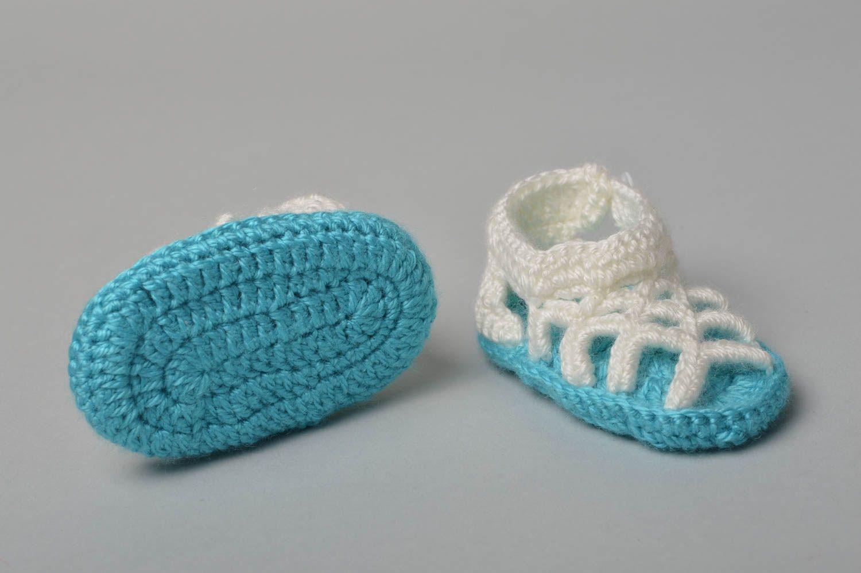 pinetki sandaliki krjuchkom 1 - Вязаные пинетки крючком для новорожденных схемы и описание