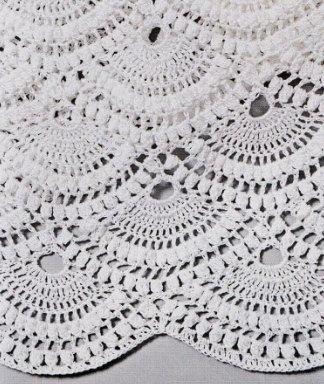 Вязаная белая юбка крючком деталь