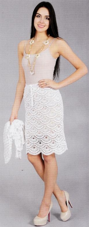 Вязаная белая юбка крючком