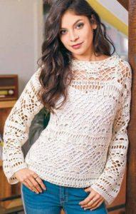 Вязаный белый пуловер крючком