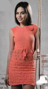 коралловое платье крючком