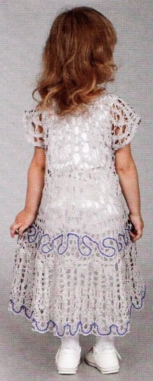ажурное платье крючком для девочки 3 лет 1