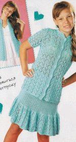 kostyum dlya devochki spicami 150x280 - Вязаный костюм для девочки спицами