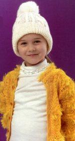 shapochka s pomponom spicami dlja devochki 150x280 - Вязаные шапки для девочек спицами со схемами и описанием