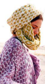 sharf petlya 150x280 - Вязаный шарф петля спицами