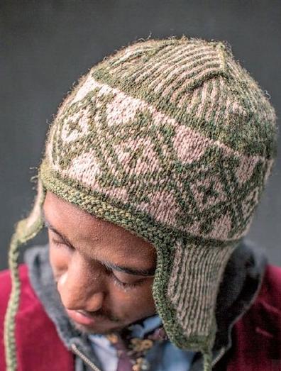 muzhskaya shapka spicami 1 - Мужские вязаные шапки спицами