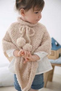 Вязаное пончо спицами на девочку 4 года