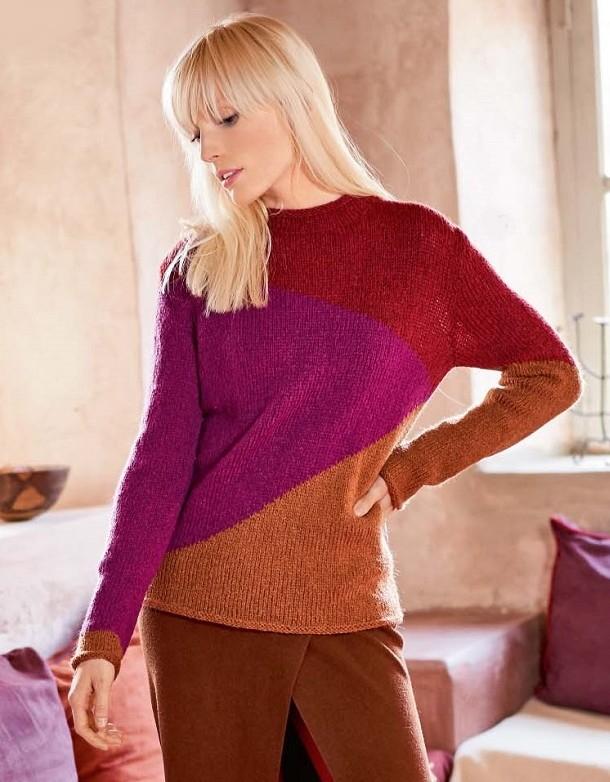 Вязаный спицами женский разноцветный свитер