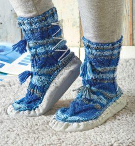 Вязаные домашние носки спицами